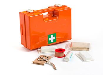 cassetta primo soccorso: contenuto minimo